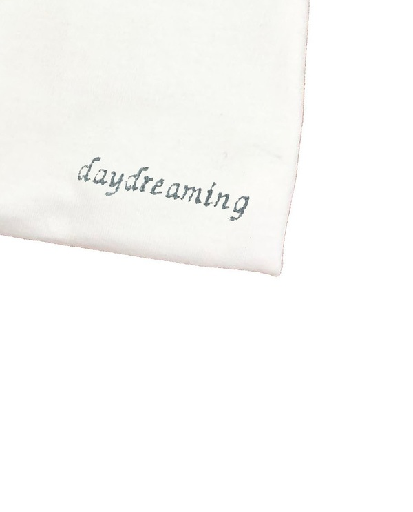 House of 950 daydreaming TEE