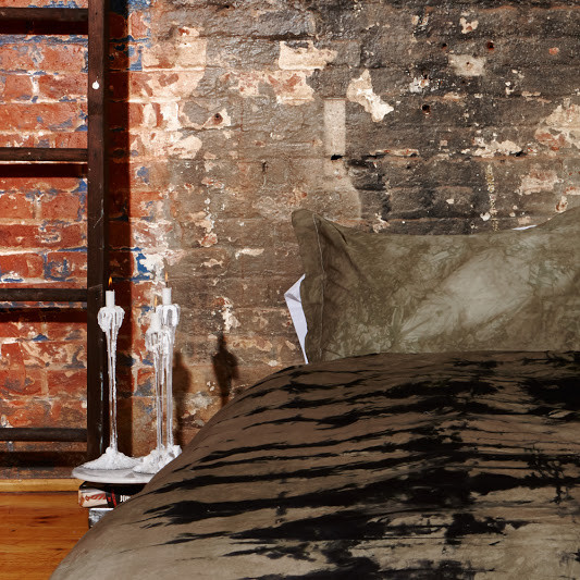 Saint Atma Inked Bedding