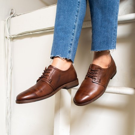 Sutro Footwear Aloha Oxford - Chedron