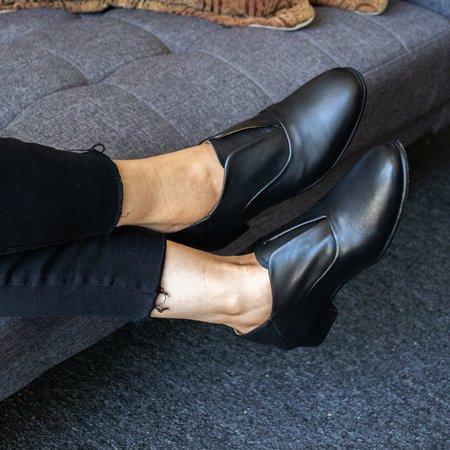 Sutro Footwear Valencia Oxford - Black
