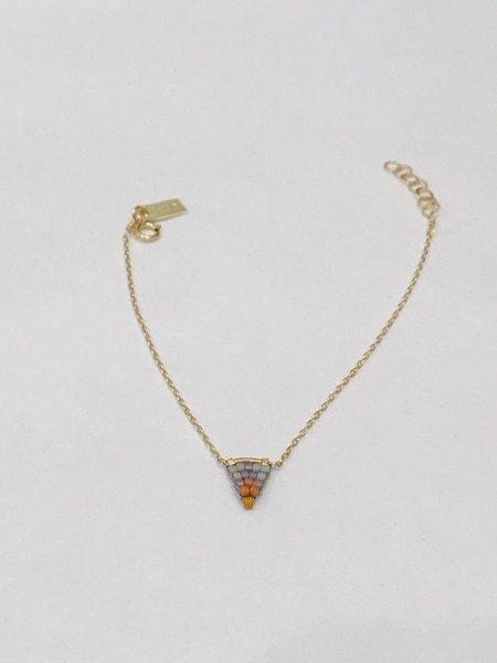 IL Design Storm Flag Glass Bead Bracelet