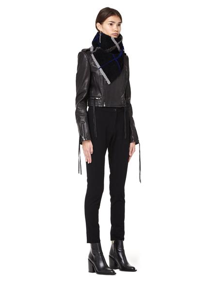 Plume Shearling Collar - Black