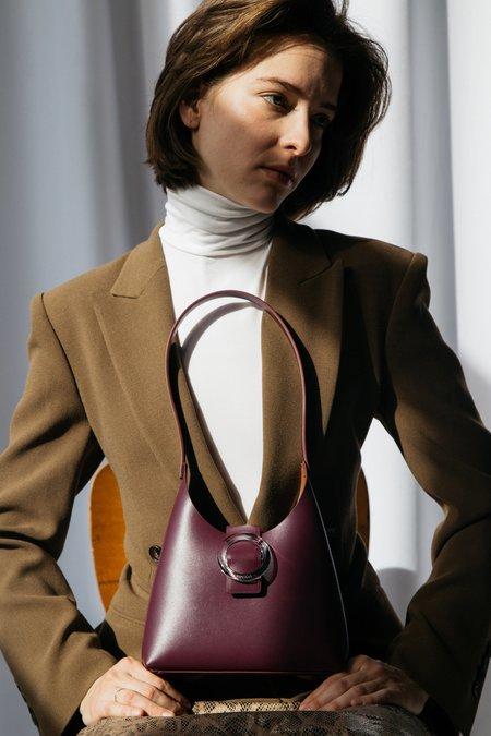 IMAGO-A Nº44 Lucite Buckle Mini Bag - Bordeaux