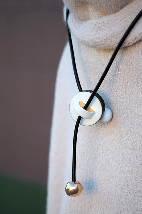 Jujumade disc necklace