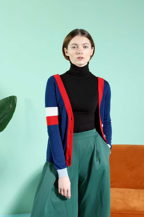 MATTER MATTERS Reversible V-Neck colour block button back wool cardigan - Navy