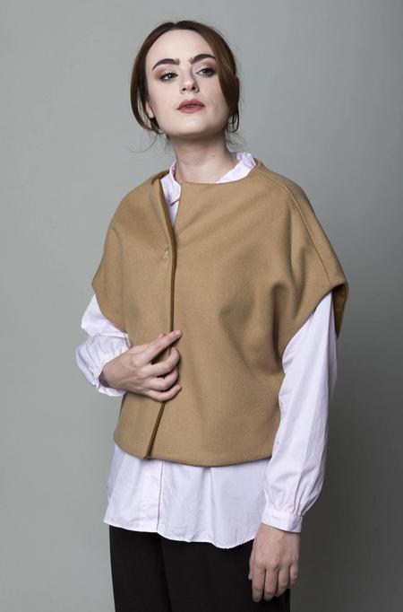 Gallego Desportes Sleeveless Wool Jacket - Camel