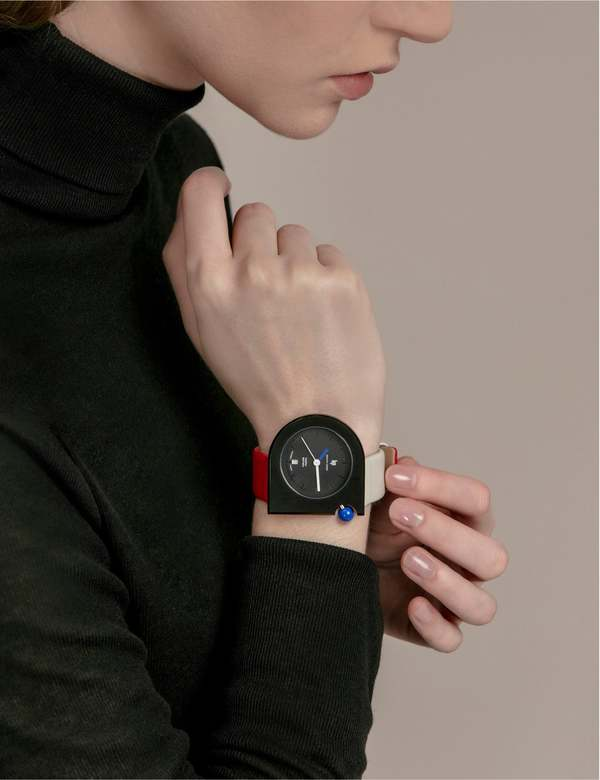 Unisex Matter Matters X Lip Watch - East