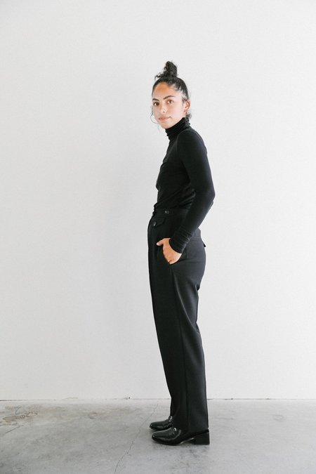 Achro Mijeong Park Tailored Pleat Trousers - black