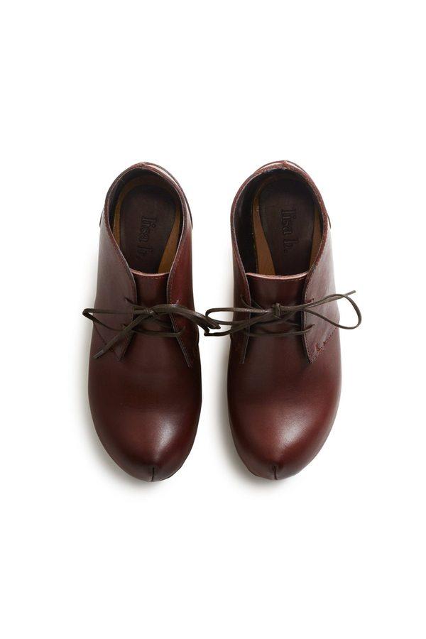 Lisa B. toe seam leather bootie clogs - acorn