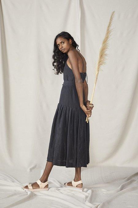 Lois Hazel Fold Drop Dress - Black