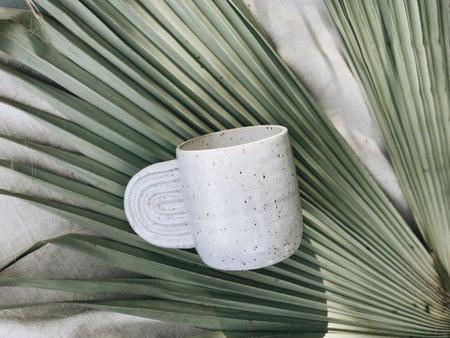 Easy to Breathe Arch Mug - white