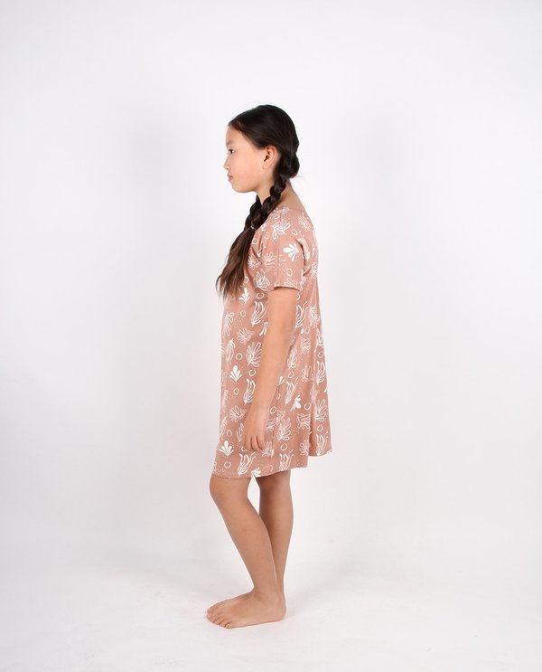 kids Feather Drum TEE LOUNGE DRESS - CORAL NIGHTS MOCHA