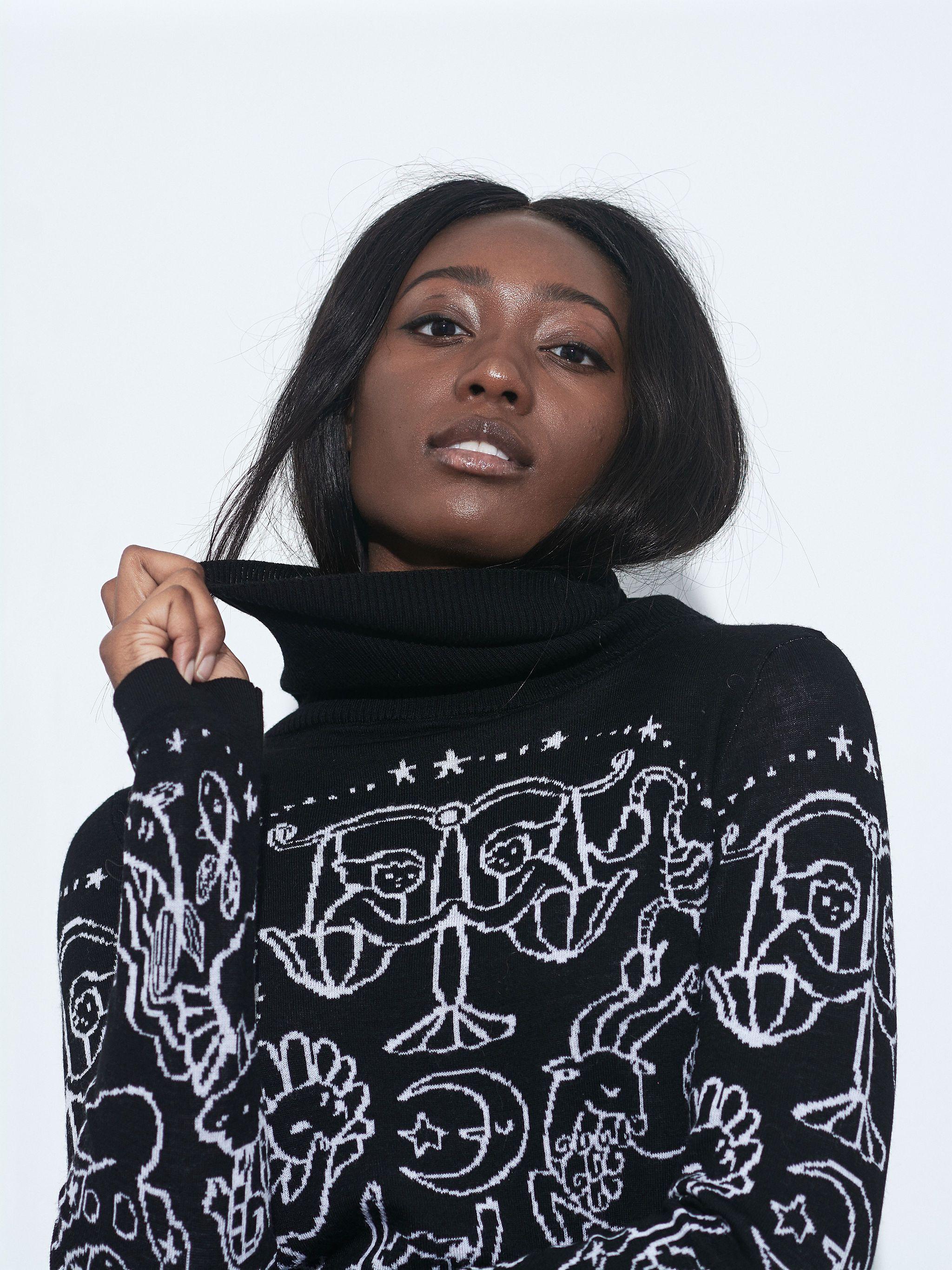 Happy Sheep Zodiac Turtleneck Sweater - Black