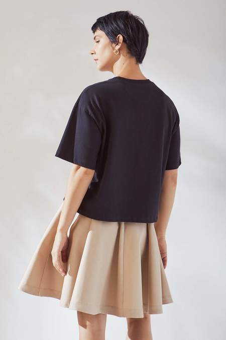 Kowtow Sketch Tee - black