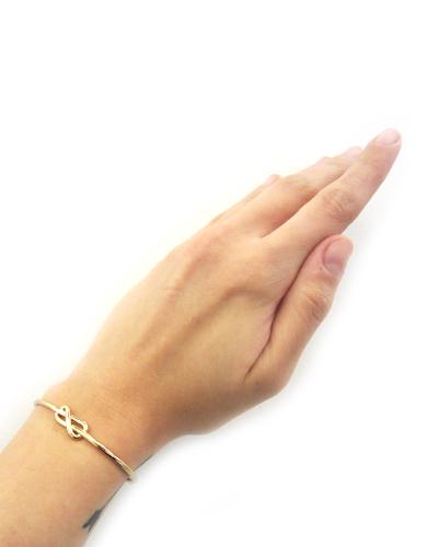 Gabriela Artigas Petite Knot Cuff  in Yellow Gold