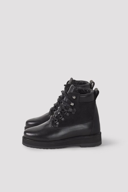 Filippa K Hiker Boot - black