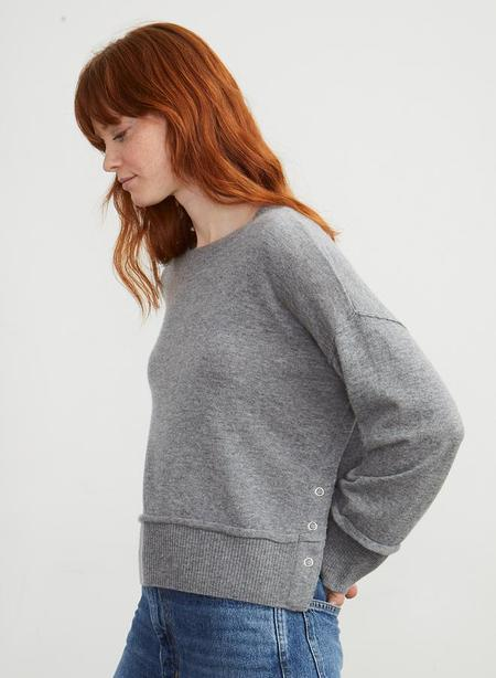 Autumn Cashmere Boxy Side Snap Crew - Cement