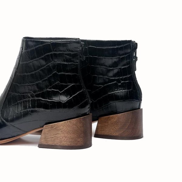 Mari Giudicelli Classic Boot Croco