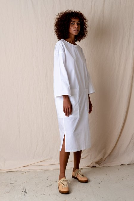 Amomento Pocket Dress - White