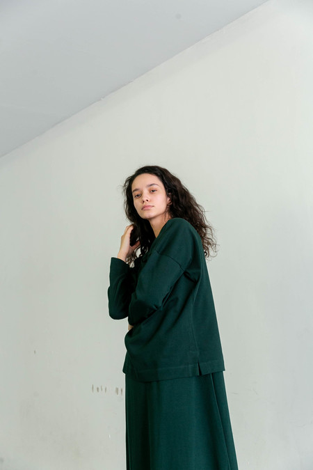 KOWTOW BUILDING BLOCK BRETON SWEATER - BOTTLE GREEN