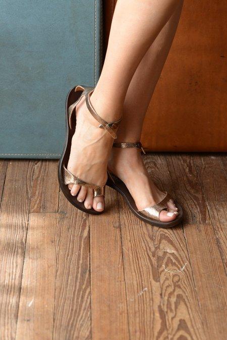Cydwoq Naked Sandal - Metallic