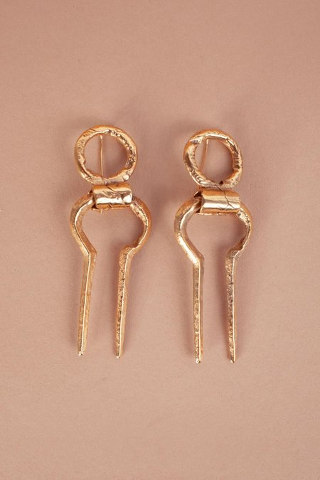 Mutter Metal Works Korban Earrings - Gold