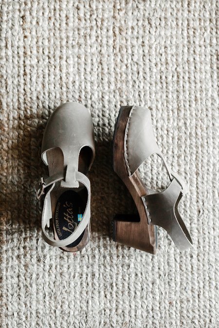 Lotta From Stockholm Highwood T-Bar Clogs - Taupe