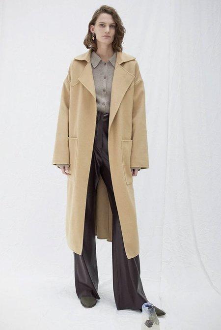 Nanushka Alamo Oversized Robe Coat - Cashew