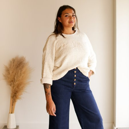 Jamie + The Jones The Mid-Weight T Sweater - Natural