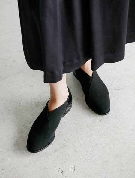 Dusan Elastic Slipper - Black