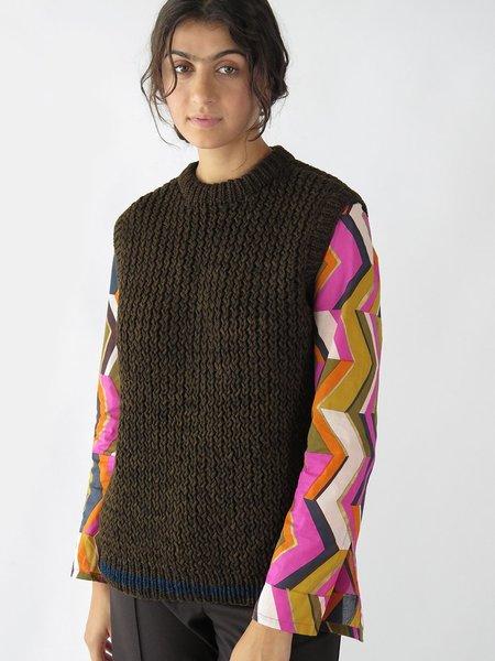 knitbrary vest - dry woods/azul ninja