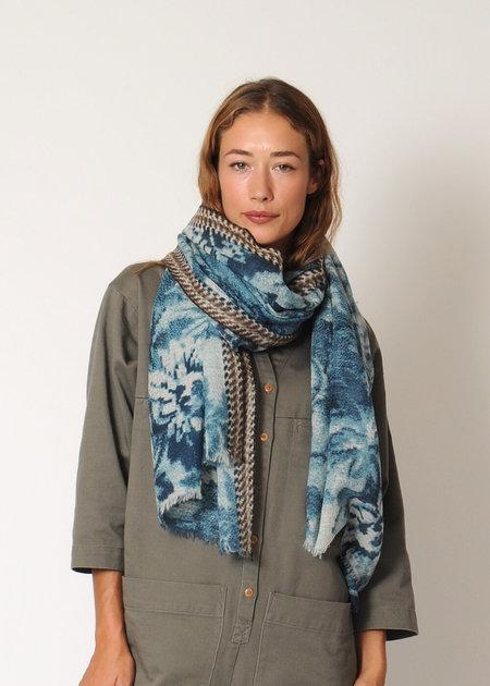 Epice Shawl - Blue floral