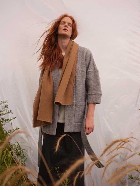 Odeyalo JOE scarf - camel