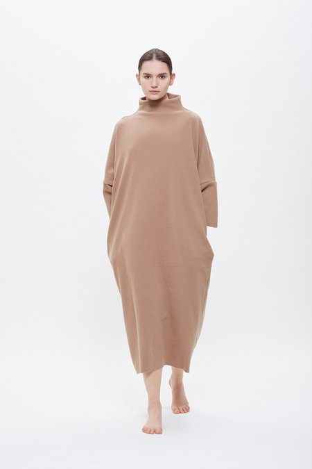 Black Crane Puff Dress - Camel