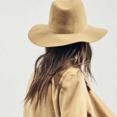 Janessa Leone Blair Hat - Gold