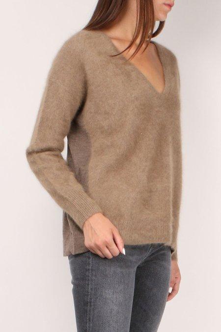 C.T. plage V-Neck Sweater - Camel