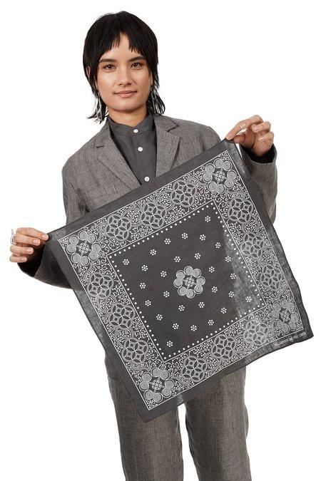 Unisex Blluemade Silk-Linen Bandana - Gray