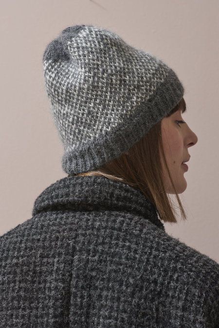 WOOLN The Tweedy Beanie - Grey/White Tweed