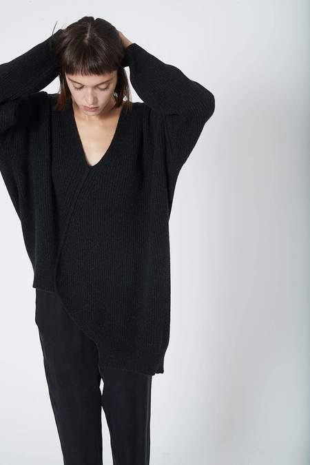 Isabel Benenato Asymmetric V Neck Camel Wool Knit