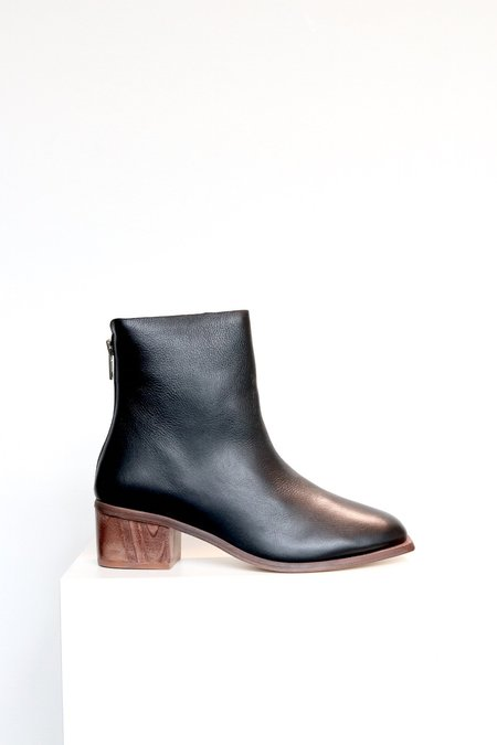 Wal & Pai Runyon Boot - Black