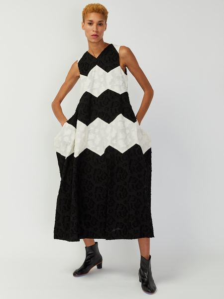 Eatable of Many Orders Queen Bee Dress - Black/Natural