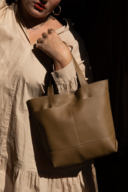 Hannah Emile Marche Tote - Reed