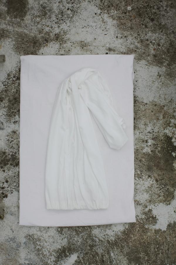 SIZ GRATE BARRIER TOP - White