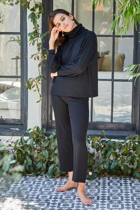 Rachel Pally Luxe Rib Turtleneck Sweatshirt - Black