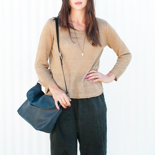 Unknown Arrow Shoulder Bag<br>Super Soft Leather Navy