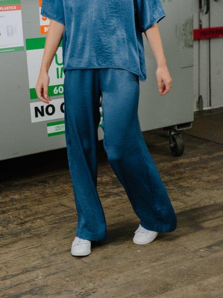 Priory Whoosh Pant Long - Slinky Denim Blue