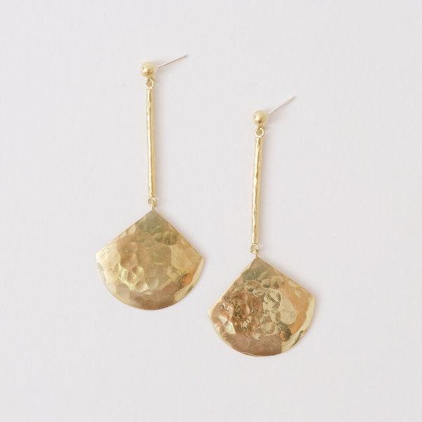 Crescioni concha earrings