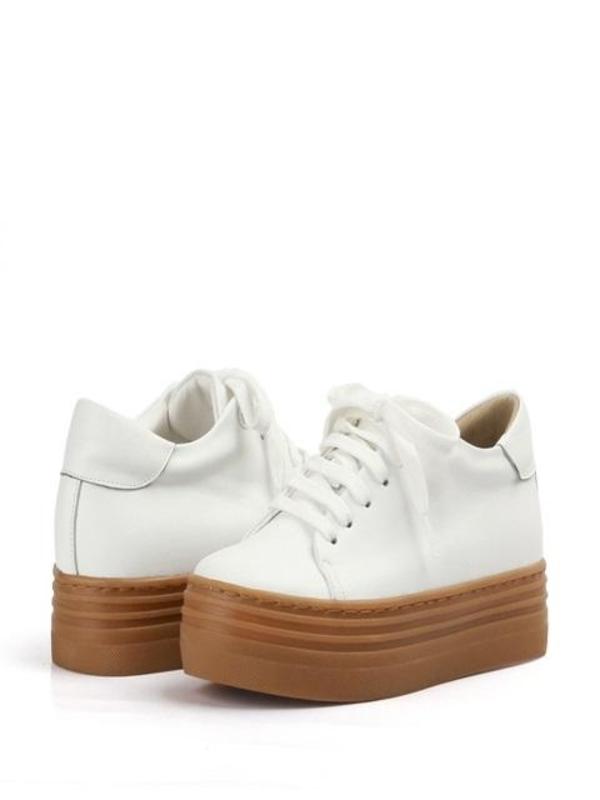 RACHEL COX|^|Sneakers_Leah R1727