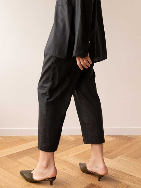 KEUNI Versus Sheer Fabric Waist Band Baggy Pants