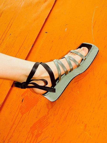 Flat Apartment Square Platform Heel Strappy Sandals - Sage